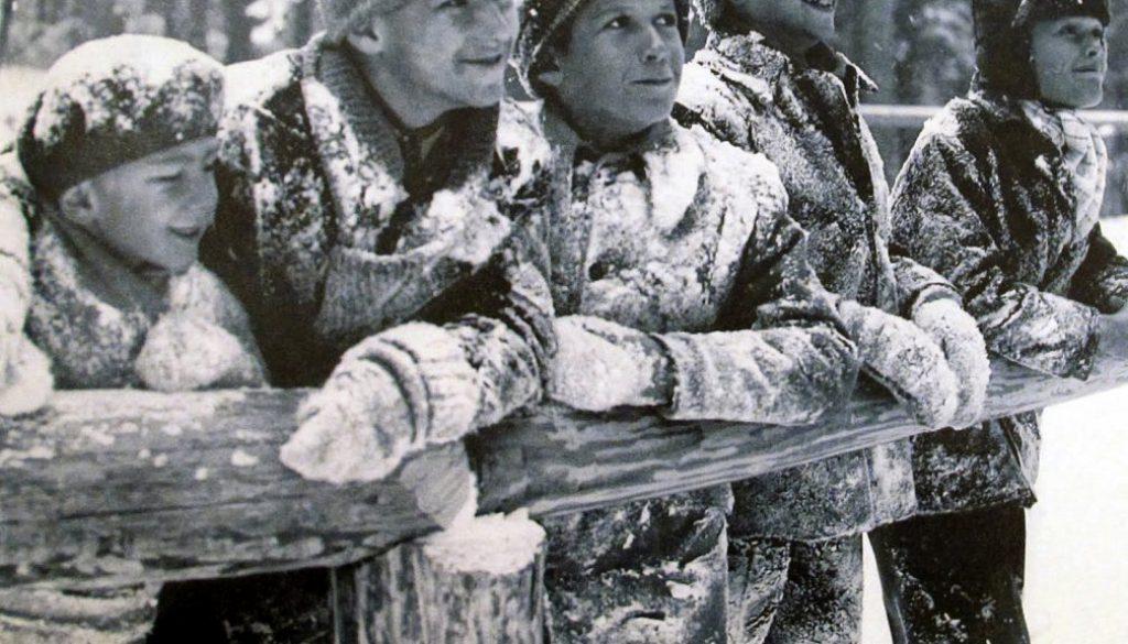 berman, copiii şi bucuria zăpezii